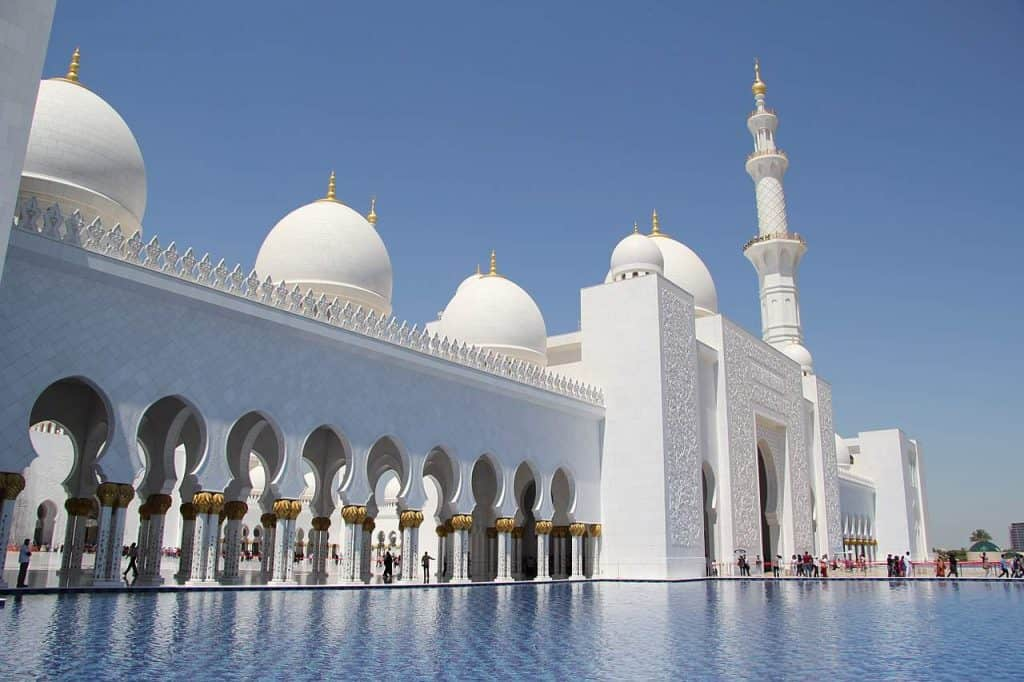 White Shining Jumeirah Mosque Domes