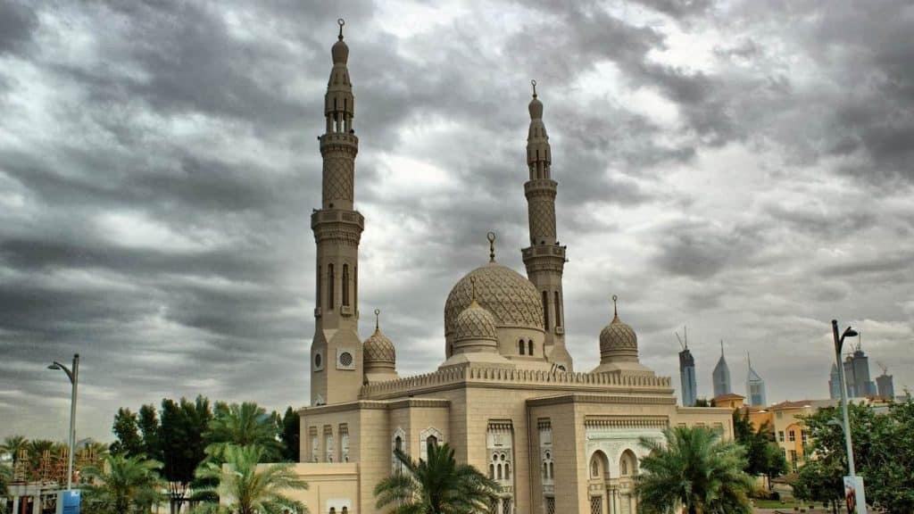Jumeirah Mosque Full View